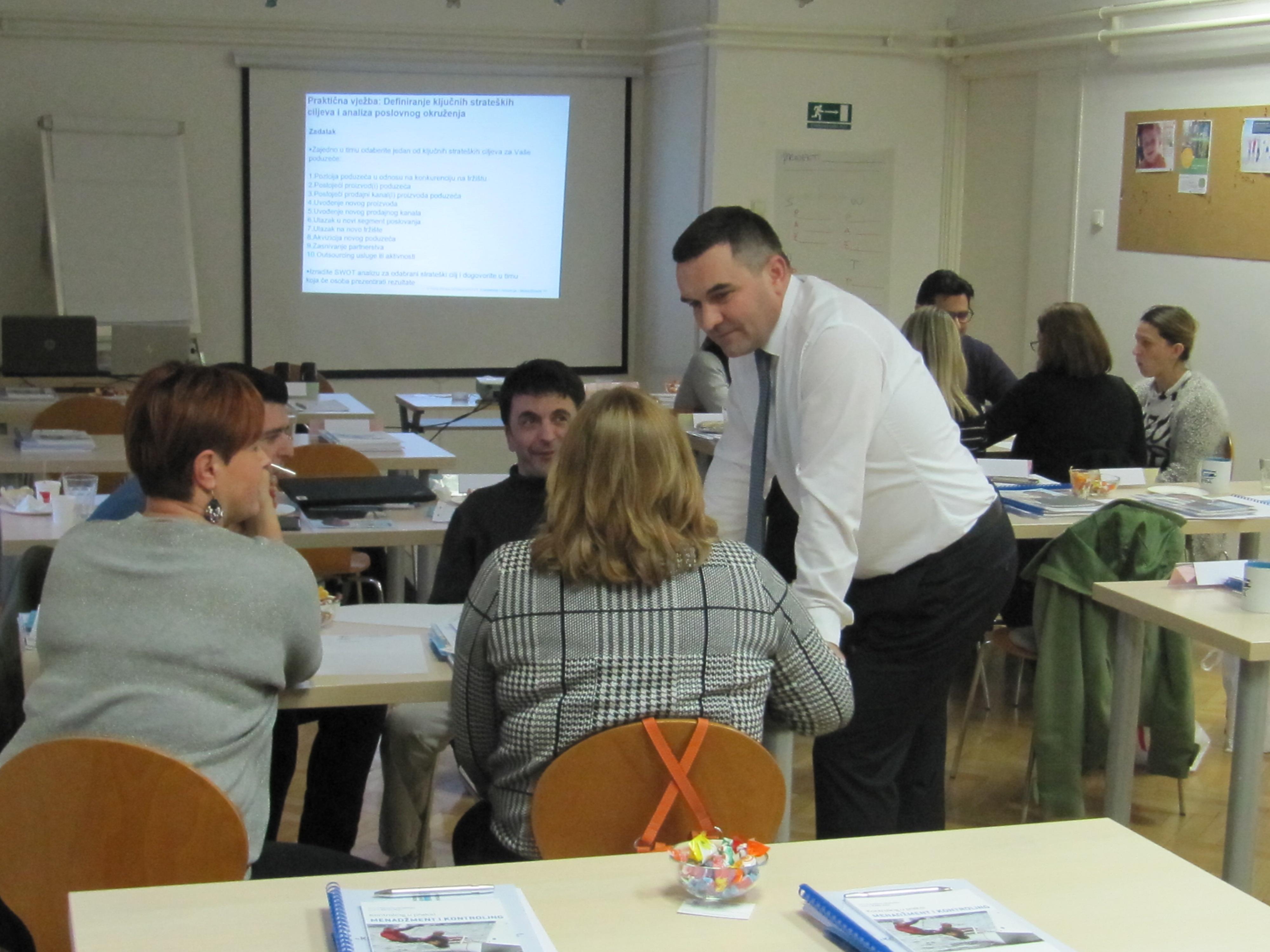 Grupni rad polaznika edukacije