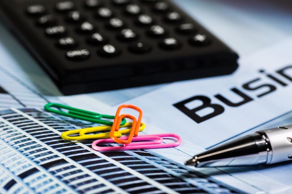 MSFI 5 – Dugotrajna imovina namijenjena prodaji, MRS 16 – Nekretnine, postrojenja i oprema, MRS 40 – Ulaganja u nekretnine